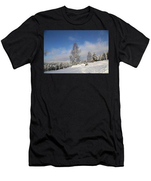 Norwegian Valley. Men's T-Shirt (Athletic Fit)