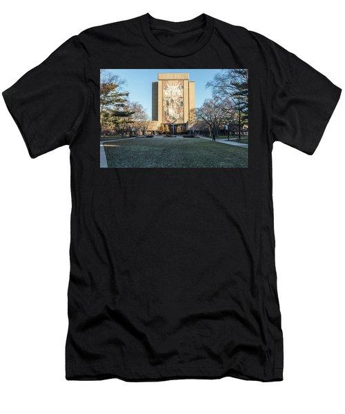 Notre Dame Touchdown Jesus  Men's T-Shirt (Athletic Fit)