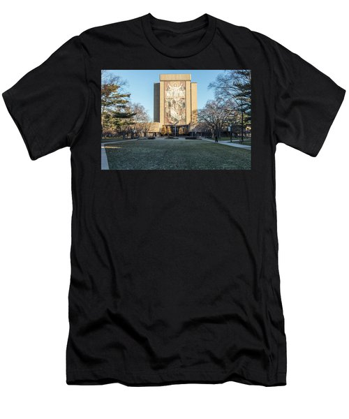 Notre Dame Touchdown Jesus  Men's T-Shirt (Athletic Fit)