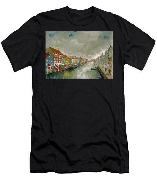 Nyhavn Copenhagen Men's T-Shirt (Athletic Fit)