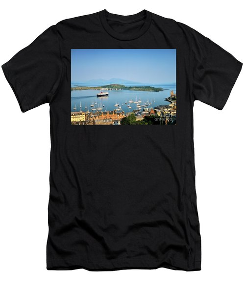 Oban In Argyll, West Scotland. Gateway To The Hebridean Islands Men's T-Shirt (Athletic Fit)