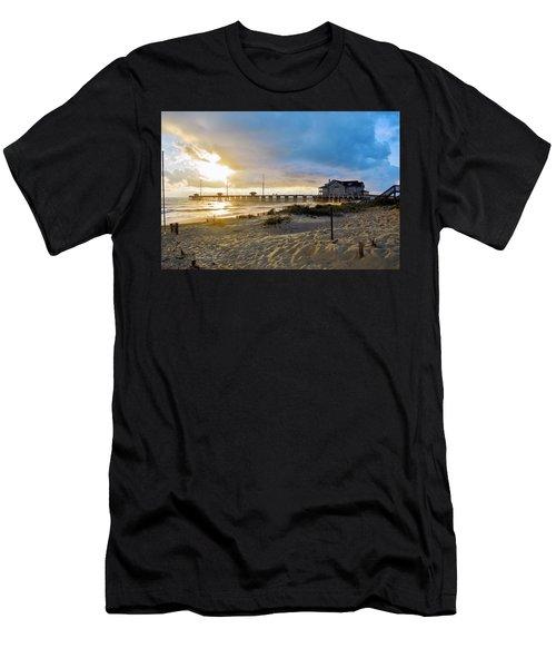 October 3 2016 Obx Sunrise Men's T-Shirt (Athletic Fit)