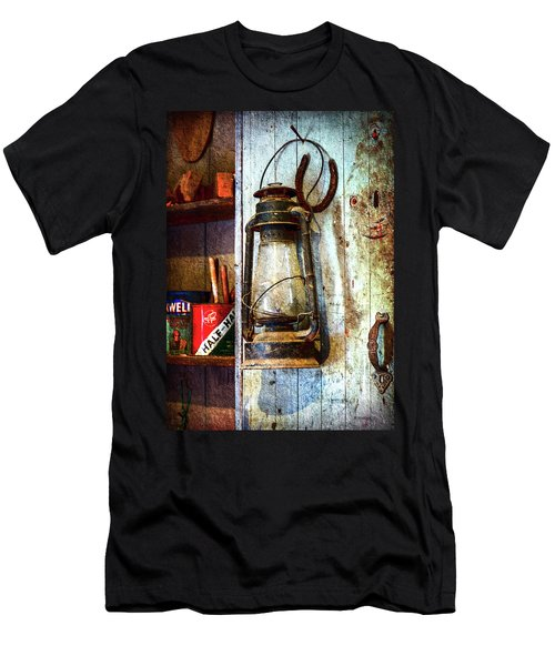 Kerosene Lamp And Horseshoe Men's T-Shirt (Athletic Fit)