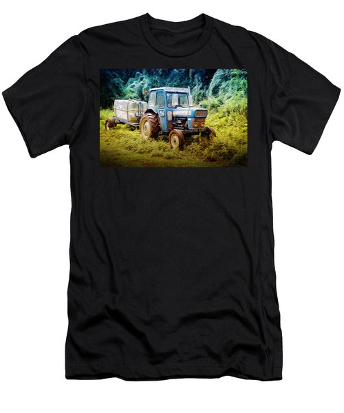 Old Blue Ford Tractor Men's T-Shirt (Athletic Fit)