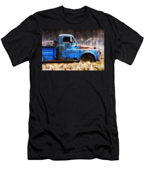 Old Blue Truck Men's T-Shirt (Athletic Fit)