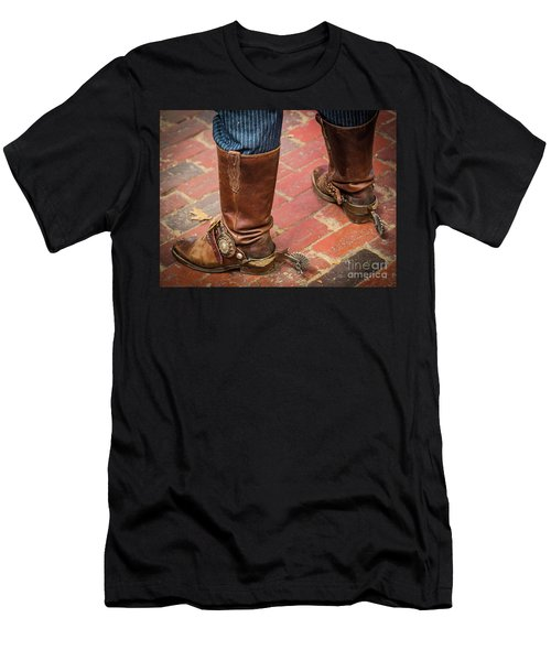 Old Boots Men's T-Shirt (Athletic Fit)
