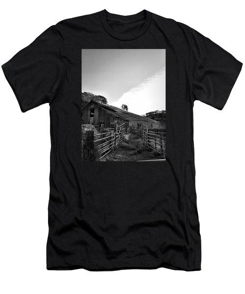 Old Borges Ranch Men's T-Shirt (Athletic Fit)