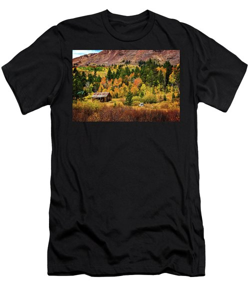 Men's T-Shirt (Athletic Fit) featuring the photograph Old Cabin In Hope Valley by John Hight