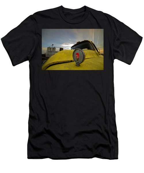 Old Chevy Truck With Grain Elevators In The Background Men's T-Shirt (Athletic Fit)