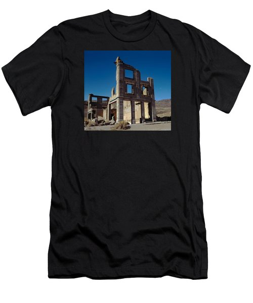Old Cook Bank Building Men's T-Shirt (Athletic Fit)