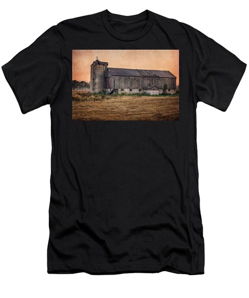 Men's T-Shirt (Athletic Fit) featuring the photograph Old Country Barn by Garvin Hunter