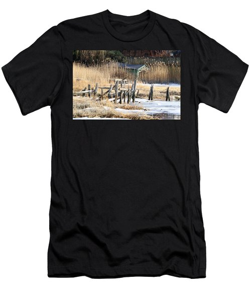 Old Dock And Boathouse  Men's T-Shirt (Athletic Fit)