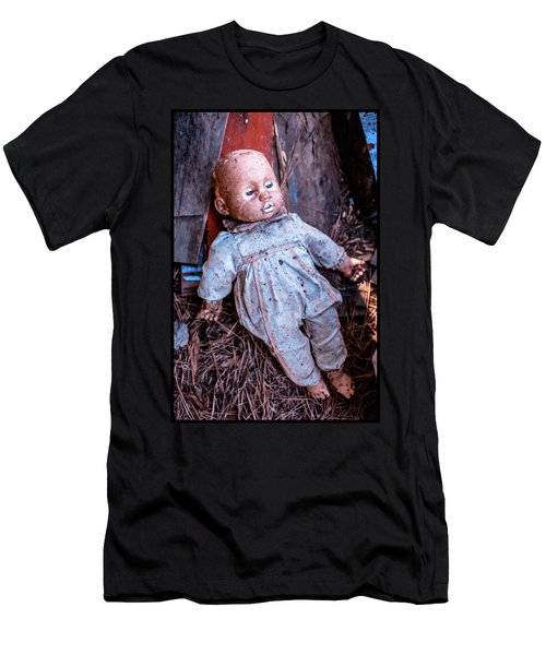 Old Doll Men's T-Shirt (Athletic Fit)