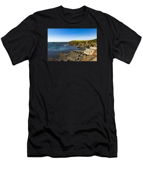 Old Life Boat Station Men's T-Shirt (Athletic Fit)