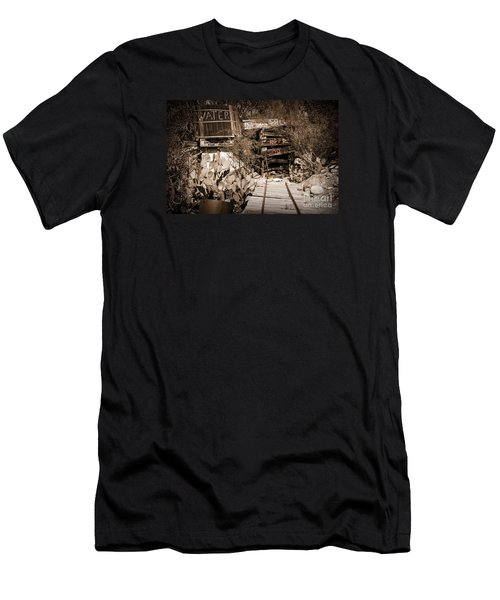 Old Mining Tracks Men's T-Shirt (Athletic Fit)