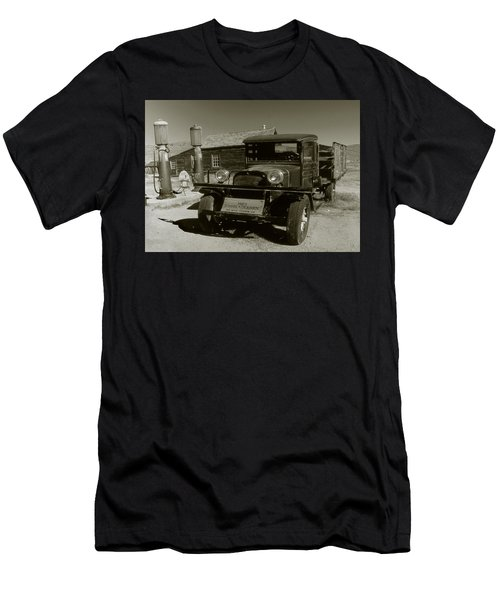 Old Pickup Truck 1927 - Vintage Photo Art Print Men's T-Shirt (Athletic Fit)