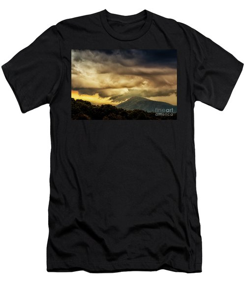 Old Rag View Overlook Men's T-Shirt (Athletic Fit)