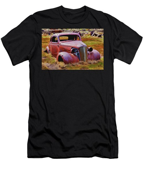 Old Rusty Car Bodie Ghost Town Men's T-Shirt (Athletic Fit)