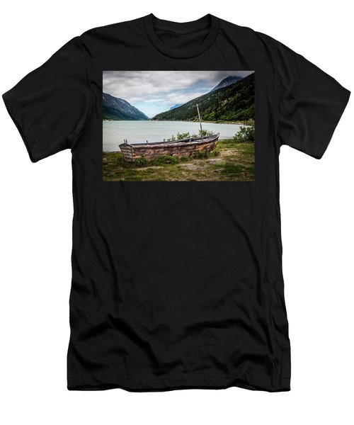 Old Sailboat Men's T-Shirt (Athletic Fit)