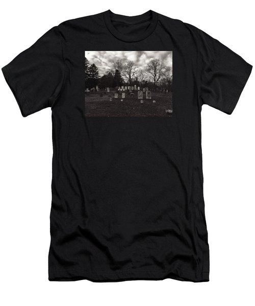 Old Town Cemetery , Sandwich Massachusetts  Men's T-Shirt (Athletic Fit)