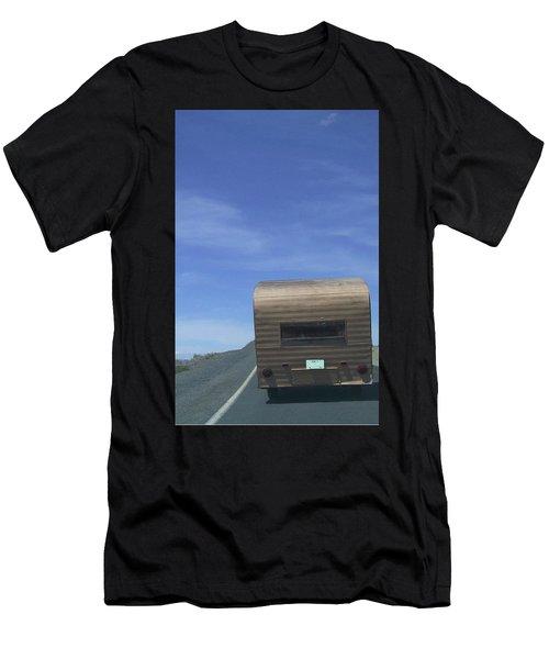 Old Trailer Men's T-Shirt (Athletic Fit)