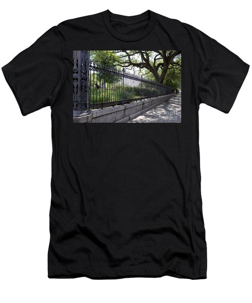 Old Tree And Ornate Fence Men's T-Shirt (Athletic Fit)