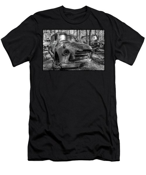 old truck_MG_4220 Men's T-Shirt (Athletic Fit)