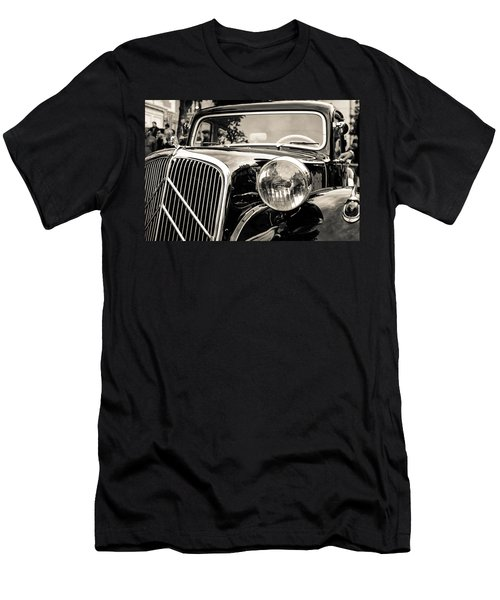 Citroen Traction Avant Men's T-Shirt (Athletic Fit)