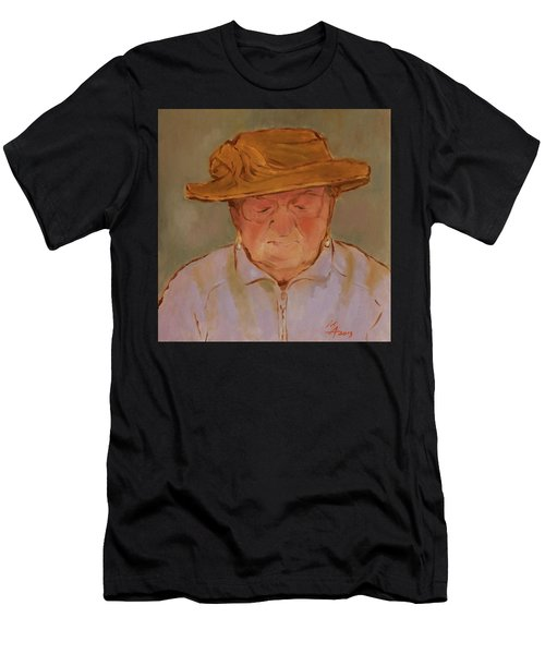 Old Woman With Yellow Hat Men's T-Shirt (Athletic Fit)