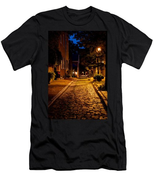 Olde Town Philly Alley Men's T-Shirt (Athletic Fit)