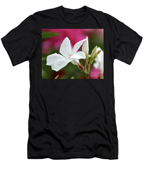 Oleander Casablanca 2 Men's T-Shirt (Athletic Fit)