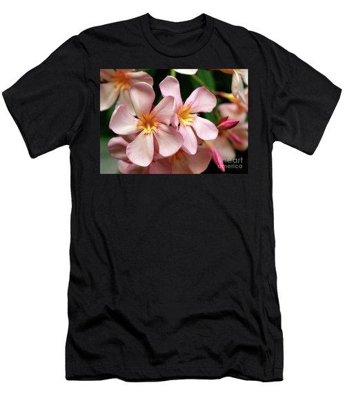 Oleander Dr. Ragioneri 2 Men's T-Shirt (Athletic Fit)
