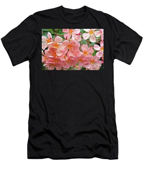 Oleander Dr. Ragioneri 5 Men's T-Shirt (Athletic Fit)