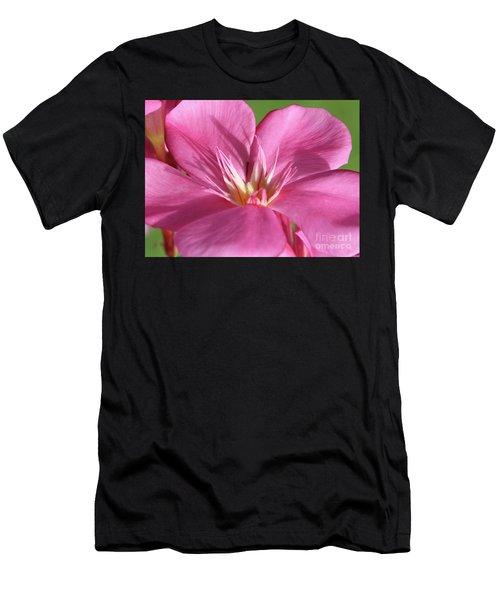 Oleander Maresciallo Graziani 3 Men's T-Shirt (Athletic Fit)