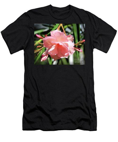 Oleander Mrs. Roeding 3 Men's T-Shirt (Slim Fit) by Wilhelm Hufnagl