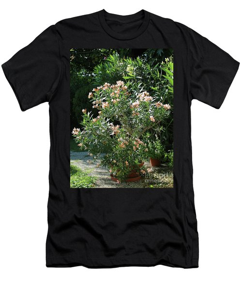 Oleander Petite Salmon 4 Men's T-Shirt (Athletic Fit)