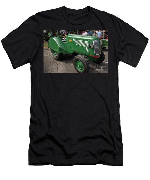 Oliver Grove 70 Men's T-Shirt (Athletic Fit)