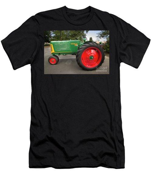 Oliver Row Crop Men's T-Shirt (Athletic Fit)