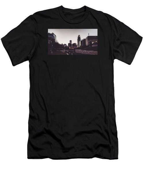 Omaha Men's T-Shirt (Athletic Fit)