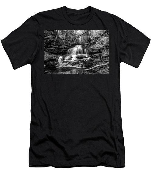 Onondaga Falls - 8923 Men's T-Shirt (Athletic Fit)