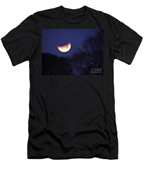 Orange Slice Moon 2018 Men's T-Shirt (Athletic Fit)
