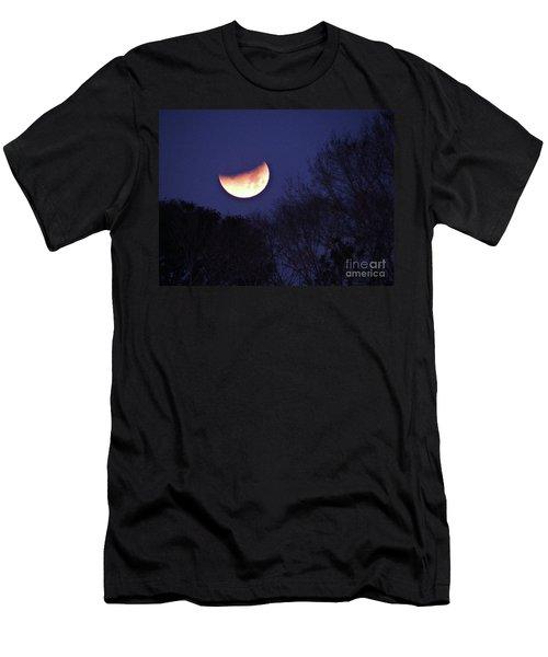 Orange Slice Moon 2018 Men's T-Shirt (Athletic Fit)