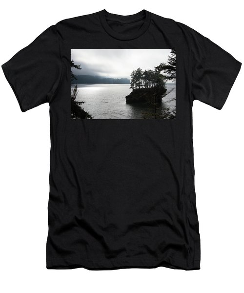 Oregon Coast Fog Men's T-Shirt (Athletic Fit)