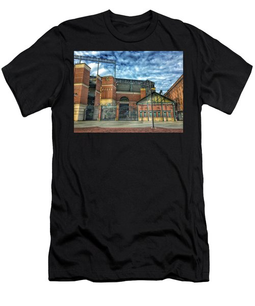 Oriole Park At Camden Yards Gate Men's T-Shirt (Athletic Fit)