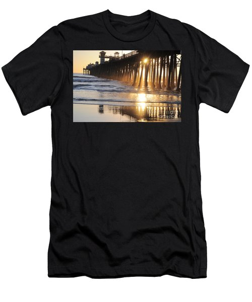 O'side Pier Men's T-Shirt (Athletic Fit)