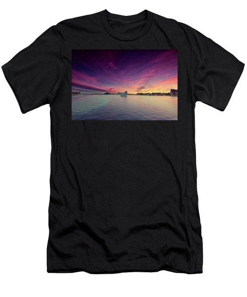 Oslo Harnour Men's T-Shirt (Athletic Fit)