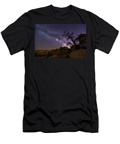 Overwatch Men's T-Shirt (Athletic Fit)