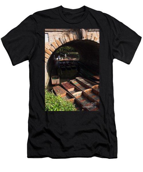 Oxford Punts Men's T-Shirt (Athletic Fit)