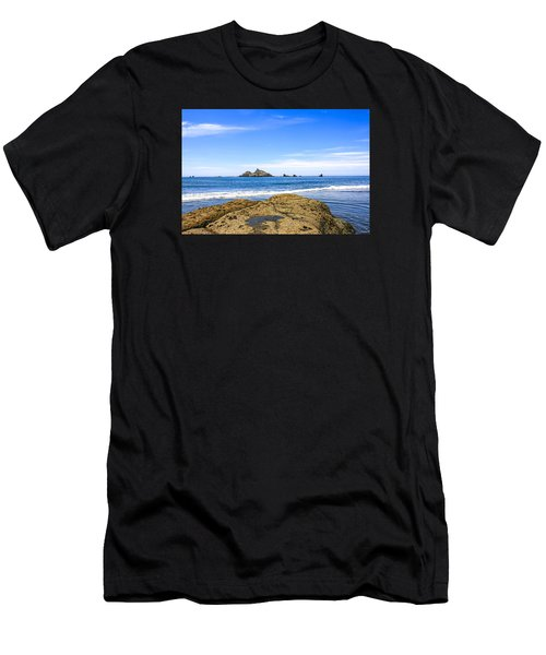 Pacific North West Coast Men's T-Shirt (Athletic Fit)