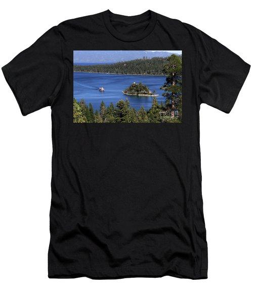 Paddle Boat Emerald Bay Lake Tahoe California Men's T-Shirt (Athletic Fit)